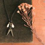 宝貝とアカンの分銅ネックレス